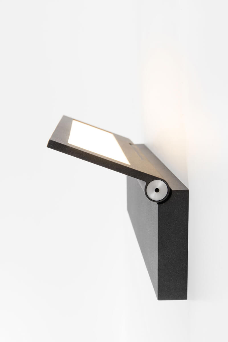OLED fixture Wollet in black from Modular Lighting Instruments