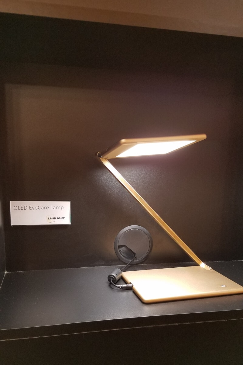 OLED EyeCare Lamp by Lumlight