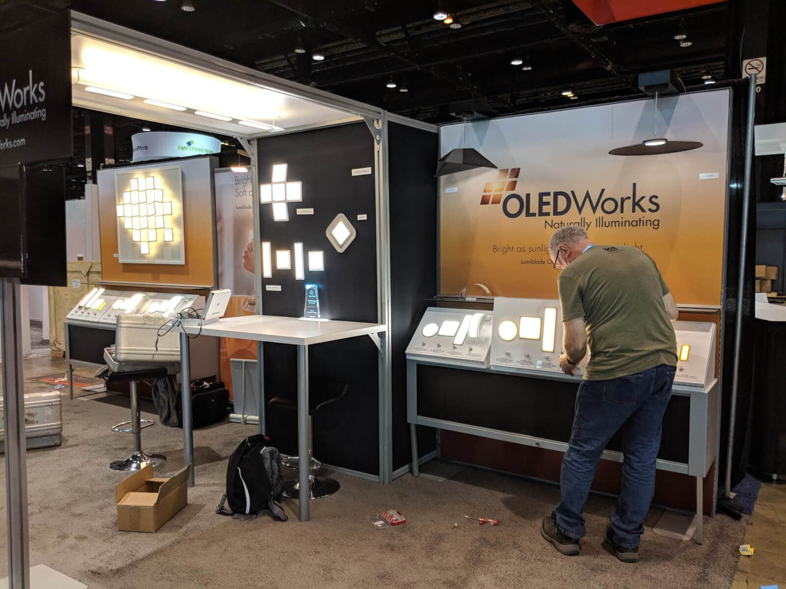 Prototype Manager Jeff Jackson at OLEDWorks booth at Lightfair 2018