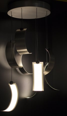 OLED pendant Curly by Escale