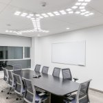 Acuity Brands´ OLED ceiling luminaire Trilia in QCI conference room