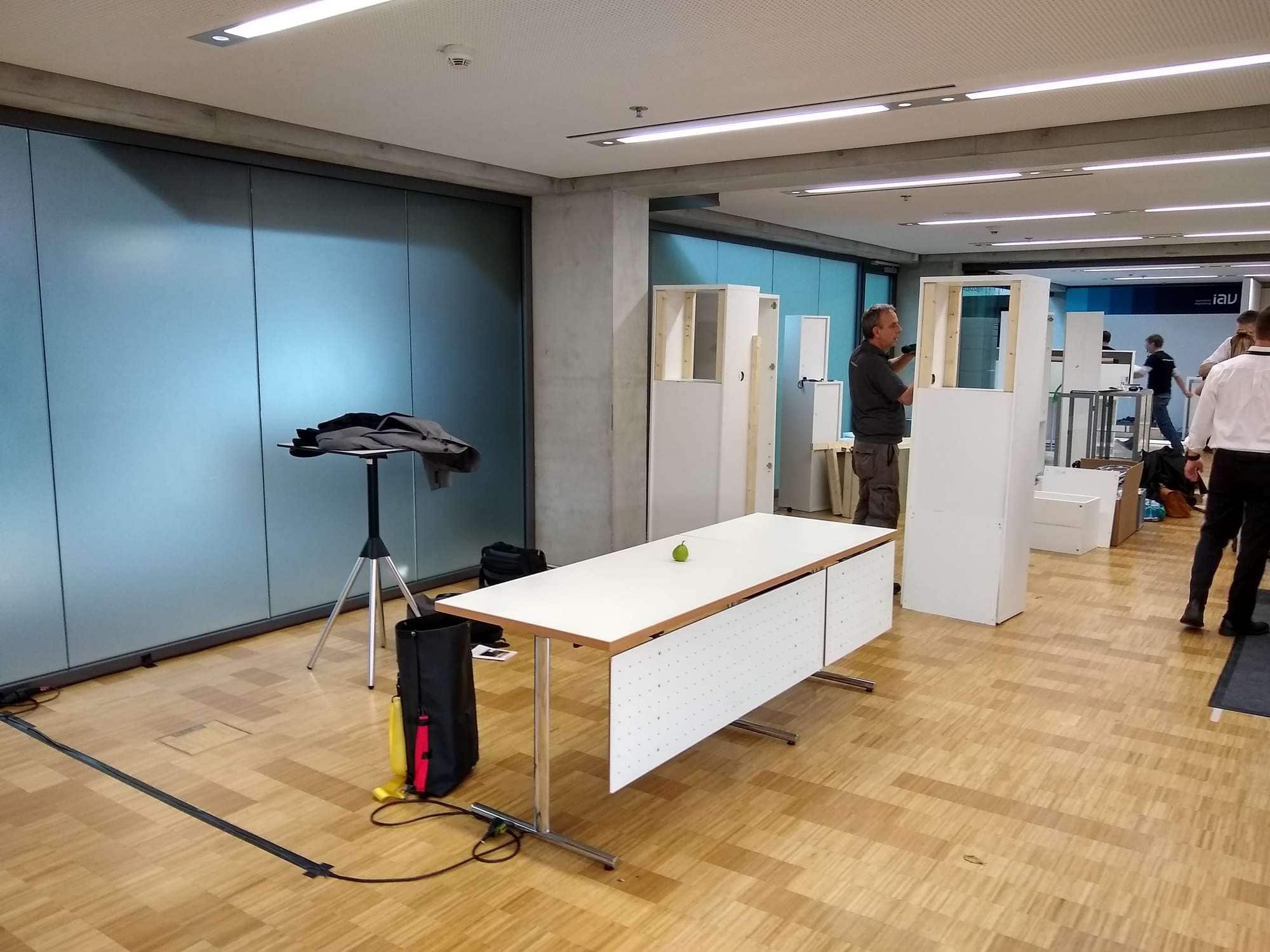 Deconstructed booth at ISAL 2019 | OLEDWorks
