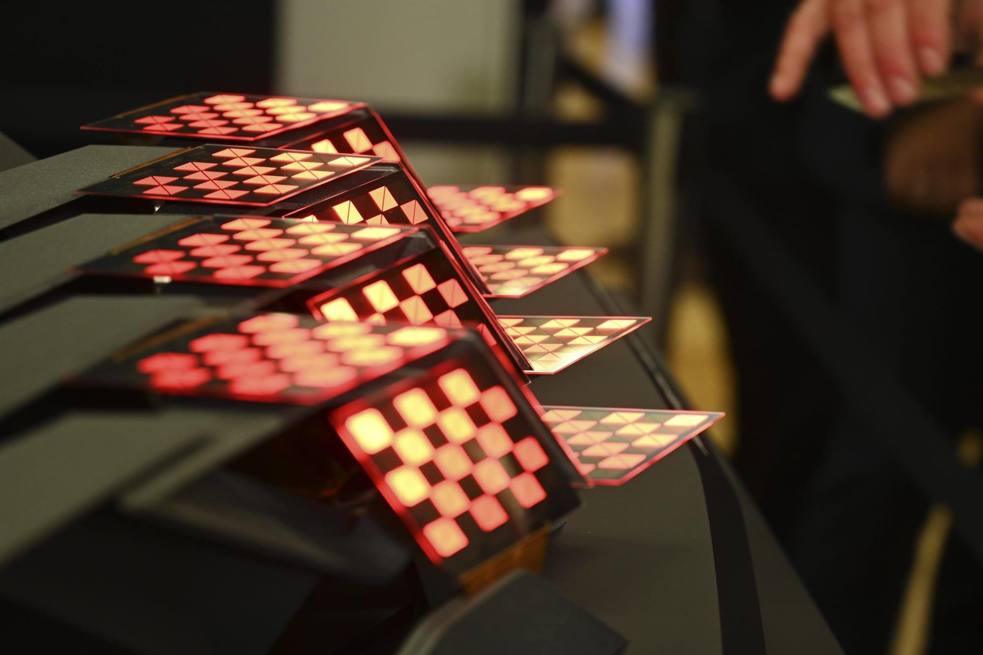 Demonstration of Audi OLED Taillights at ISAL 19 | OLEDWorks