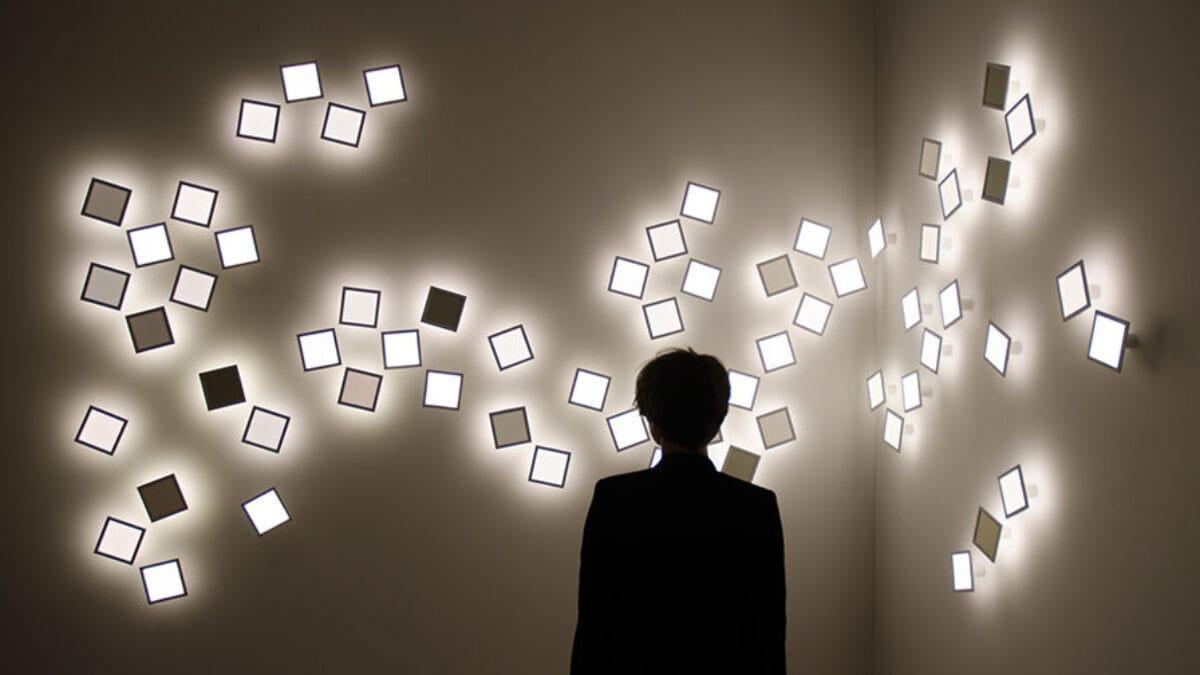 iart Flokk - interactive OLED luminaire