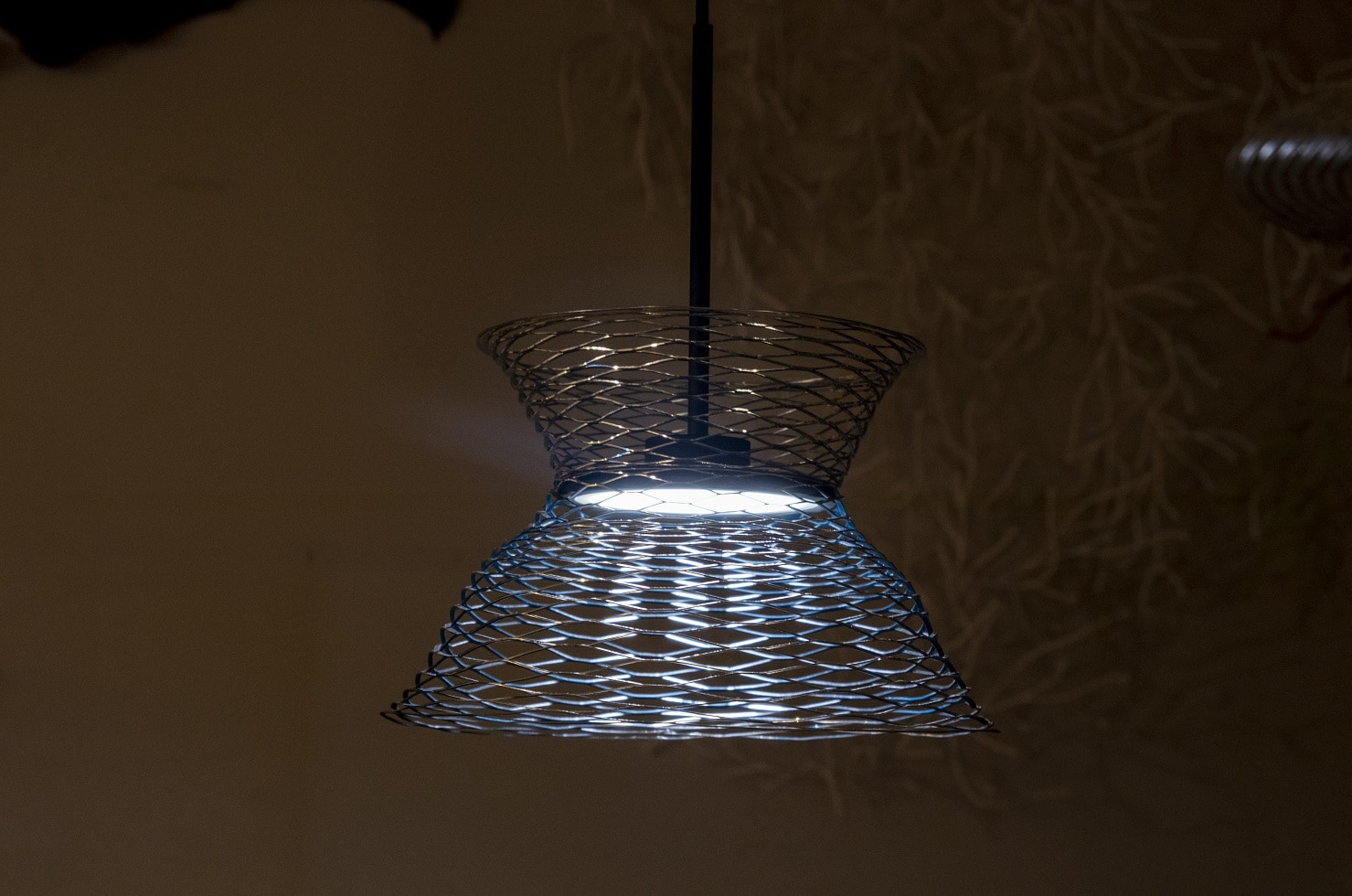 Expand Tin OLED Fixture
